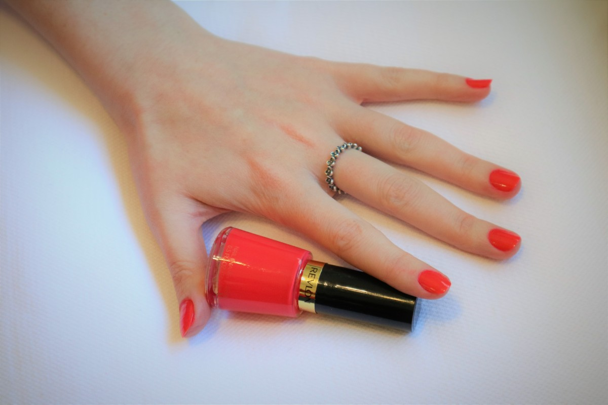 ESMALTE DA SEMANA: REVLON - ONE PERFECT CORAL