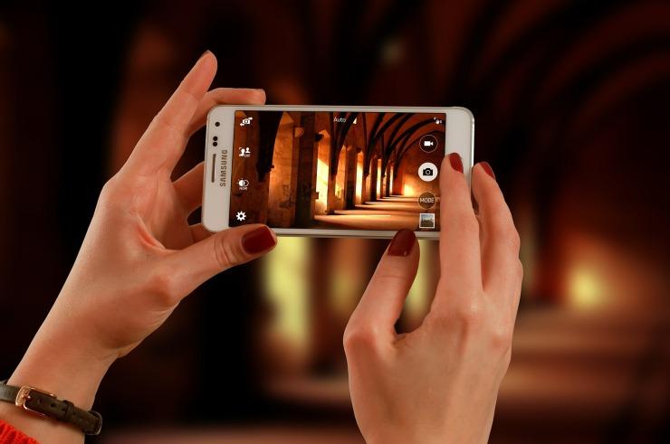 smartphone-623722_1920