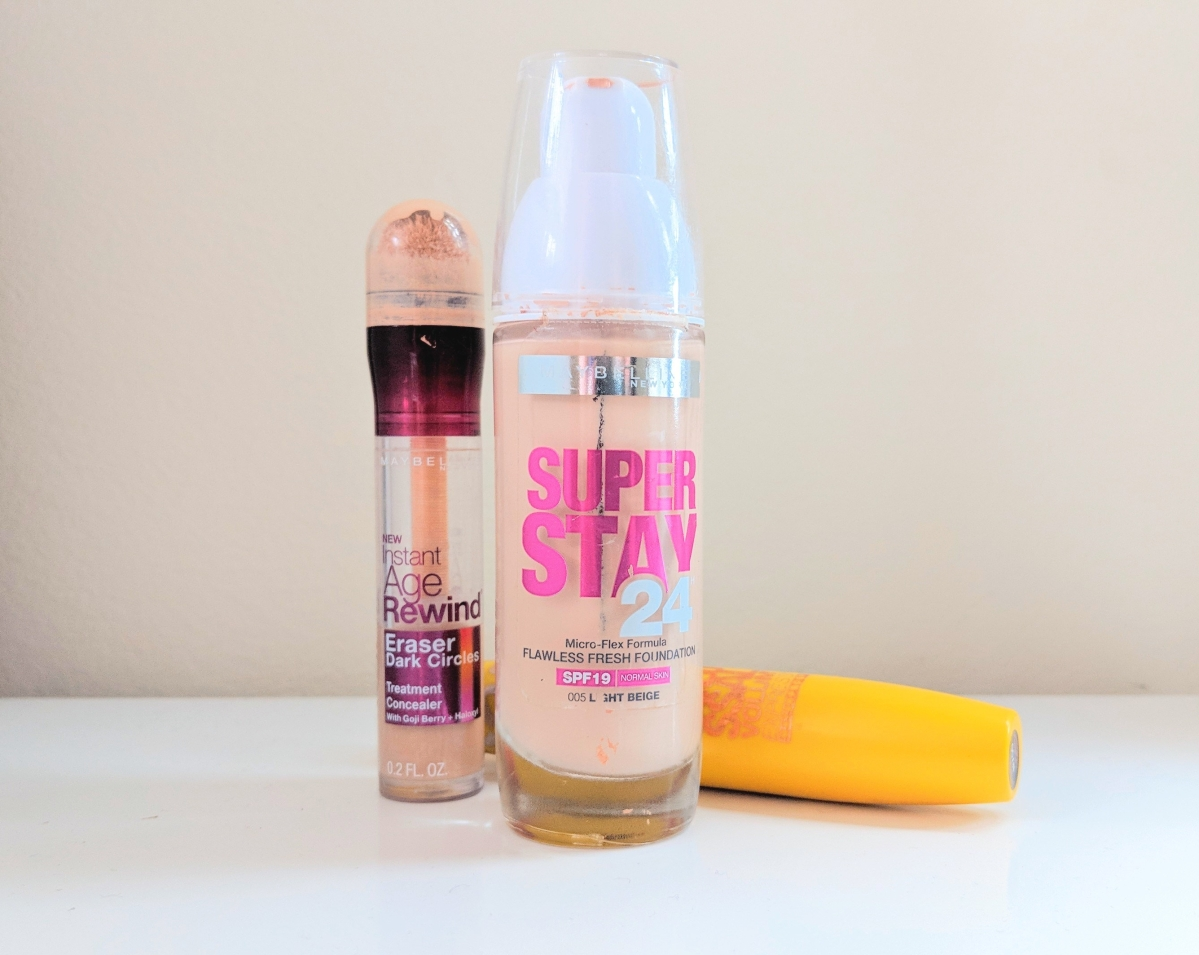 MAQUIAGEM: RESENHA - BASE MAYBELLINE, SUPER STAY 24