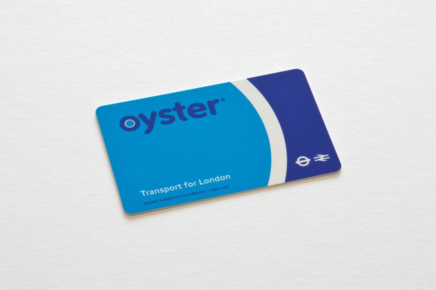travel-card-413743_1920