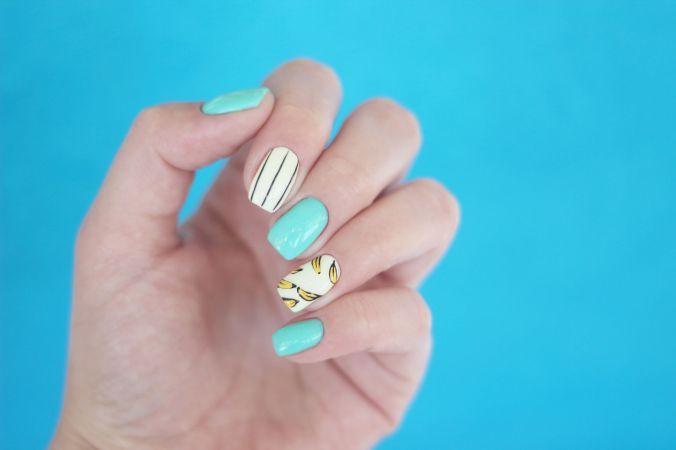 manicure-royalty-free-image-1001397648-1557521013
